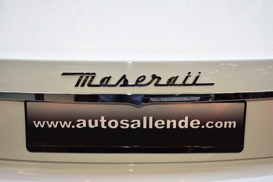 Maserati Gran Turismo V8 completo